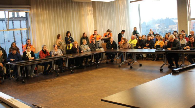 Volle raadzaal gaat akkoord met nieuwe stakingsdag op 16 december in de gemeente Edegem
