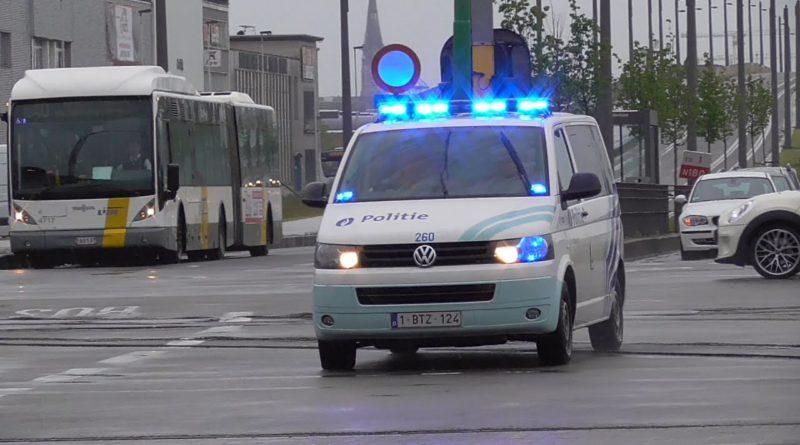 Twee mannen voorgeleid die naar politie van PZ minos en PZ Antwerpen spuwden