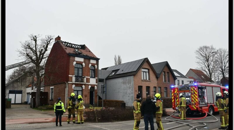 Hevige dakbrand in Boechout